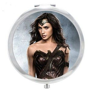 Compact Mirror Wonder Woman